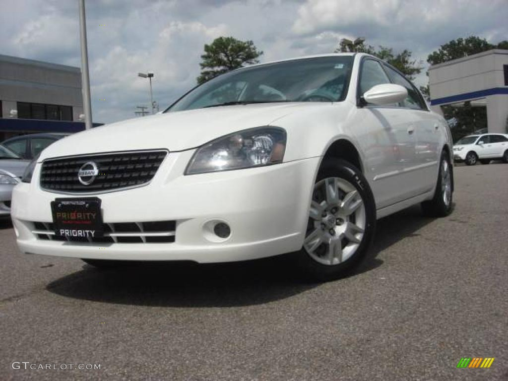 2005 satin white pearl nissan altima 2 5 s 11092974. Black Bedroom Furniture Sets. Home Design Ideas
