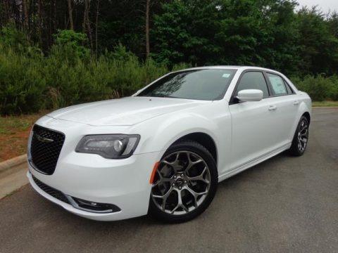 2015 Chrysler 300 S Data, Info and Specs