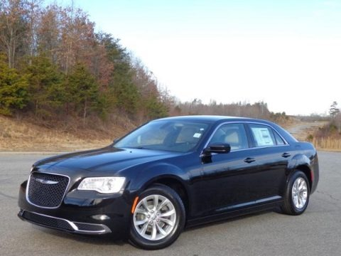 2015 Chrysler 300 Limited Data, Info and Specs