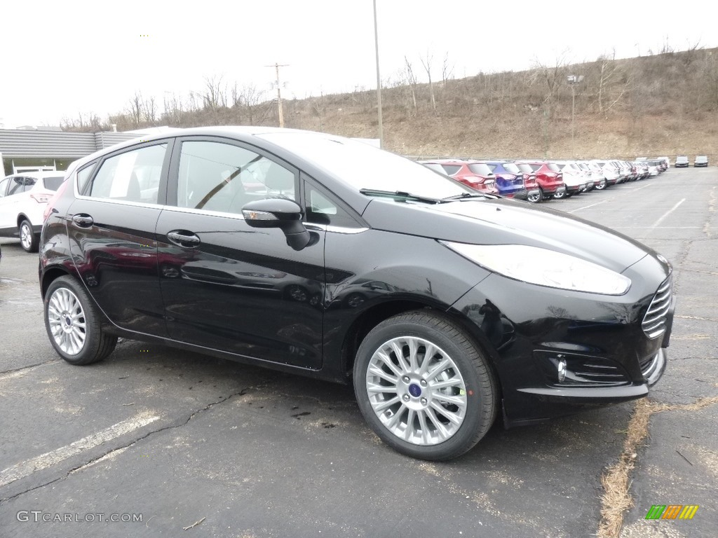 2016 shadow black ford fiesta titanium hatchback. Black Bedroom Furniture Sets. Home Design Ideas