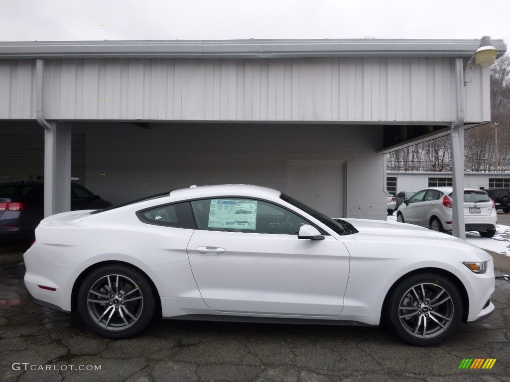 2020 Oxford White Ford Mustang EcoBoost Coupe #111306344 ...