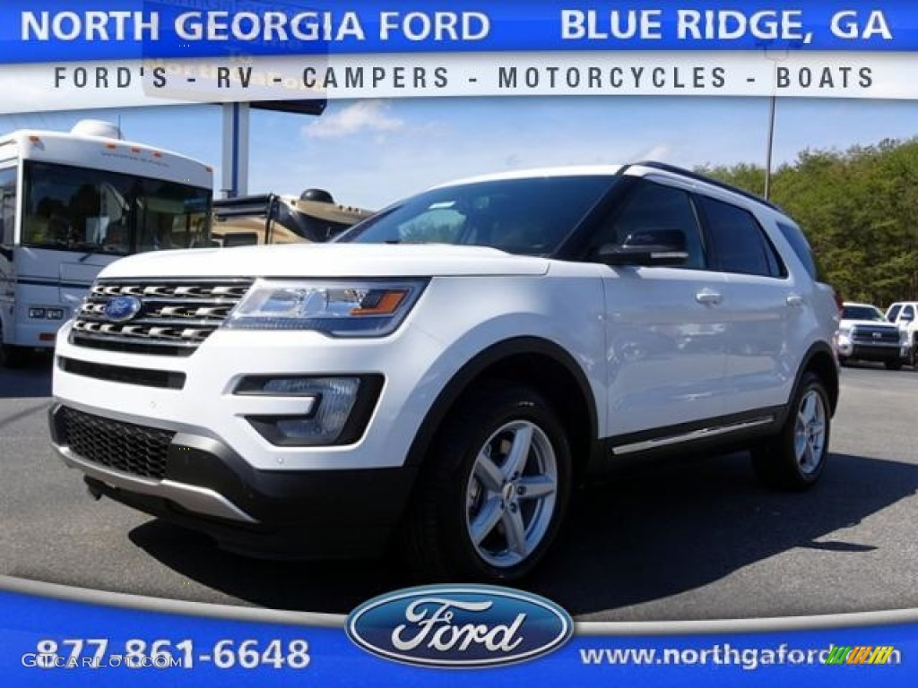 2016 Explorer XLT 4WD - Oxford White / Medium Light Camel photo #1