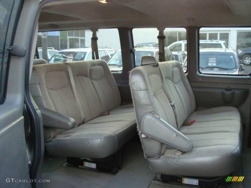 2005 chevy 3500 15 passenger van