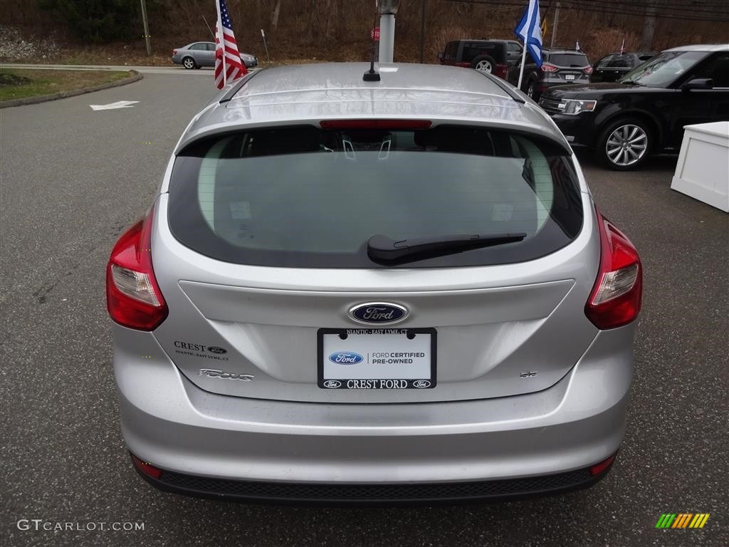 2014 ingot silver ford focus se hatchback 111844776 photo 6 car color galleries. Black Bedroom Furniture Sets. Home Design Ideas