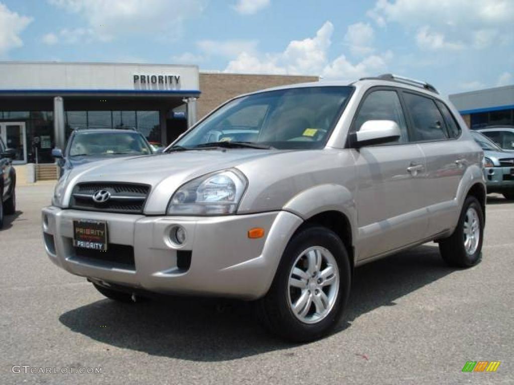 2006 Hyundai Tucson Gray 200 Interior And Exterior Images