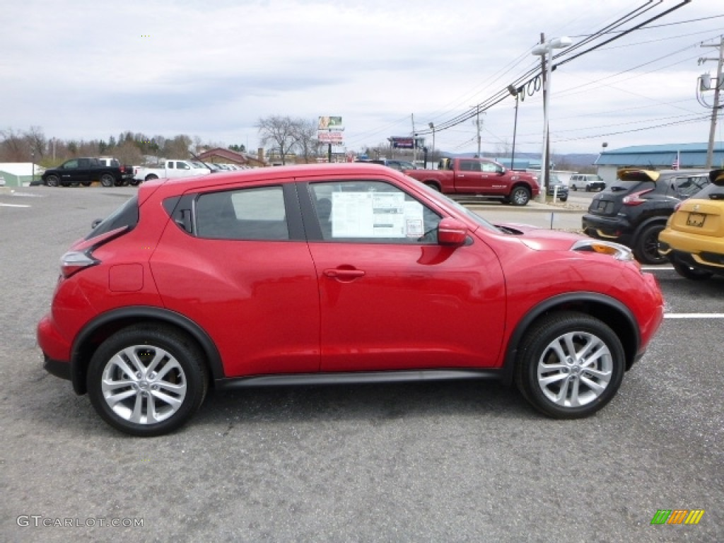 2016 Juke S Awd Red Alert Black Silver Photo 3