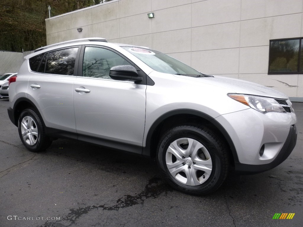 2013 classic silver metallic toyota rav4 le awd 112184989. Black Bedroom Furniture Sets. Home Design Ideas