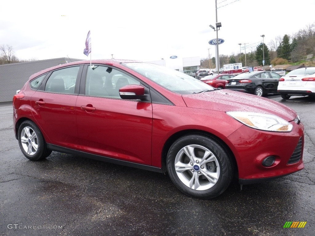 2014 ruby red ford focus se hatchback 112208419 car color galleries. Black Bedroom Furniture Sets. Home Design Ideas