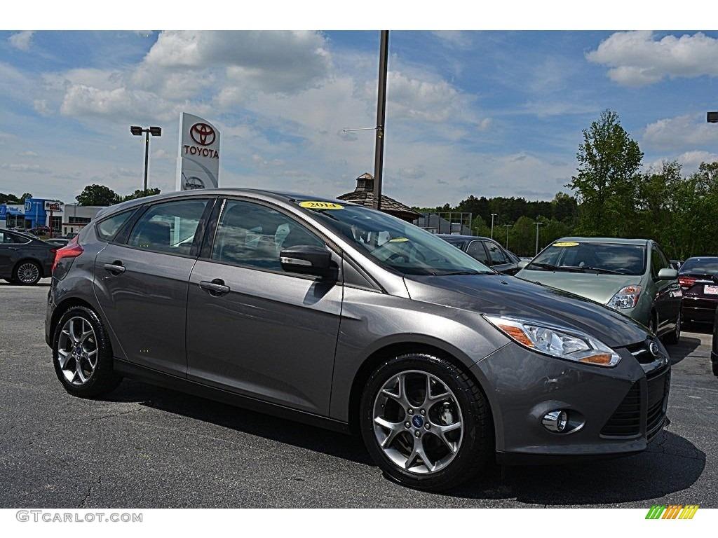 2014 sterling gray ford focus se hatchback 112523307 car color galleries. Black Bedroom Furniture Sets. Home Design Ideas