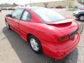Bright Red - Sunfire SE Coupe Photo No. 2
