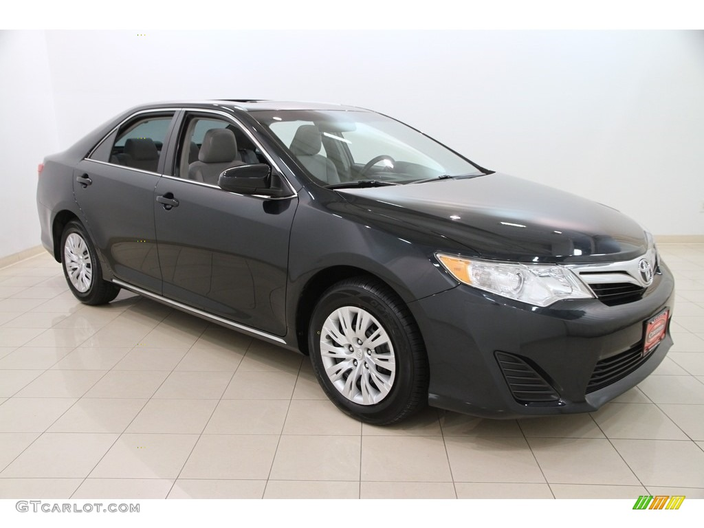2014 cosmic gray metallic toyota camry le 112721856 car color galleries. Black Bedroom Furniture Sets. Home Design Ideas