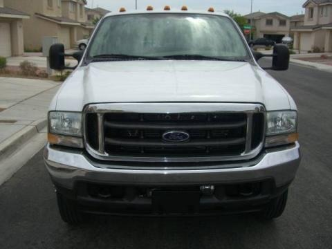 2004 Ford F450 Super Duty Lariat Crew Cab Data, Info and Specs
