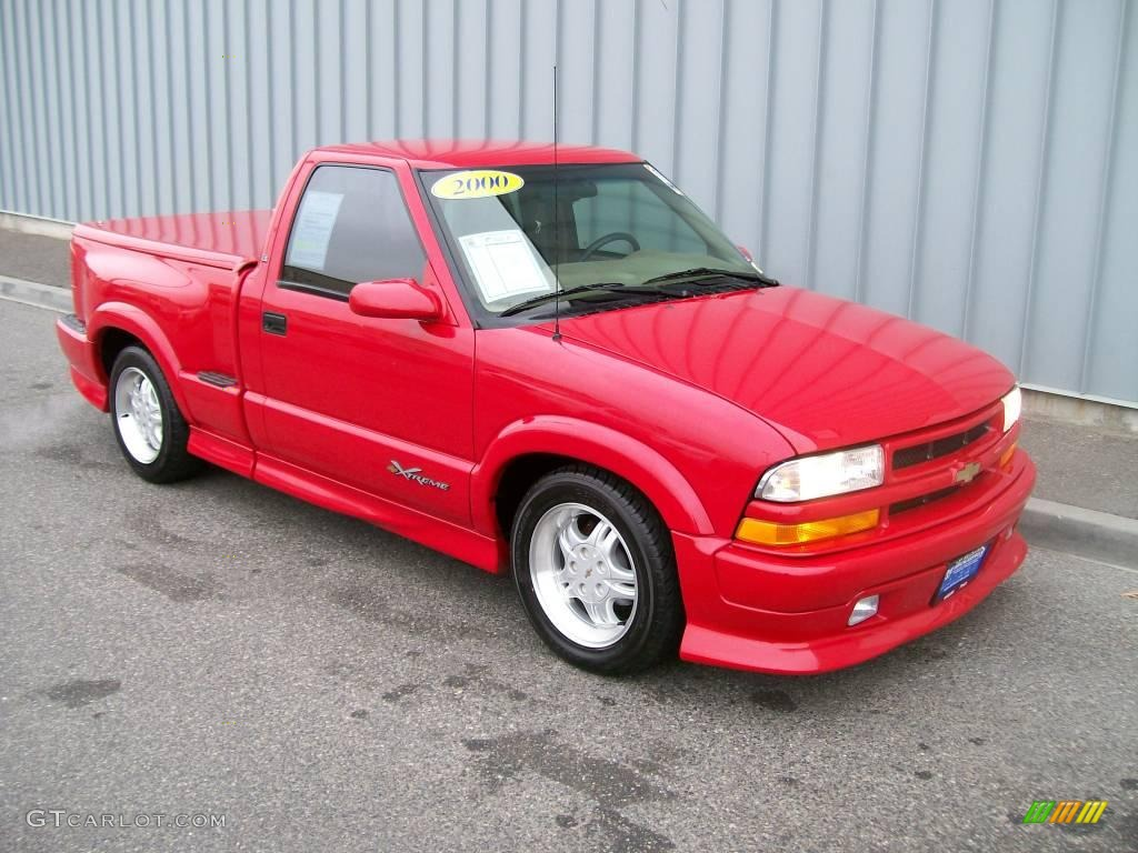 2000 Victory Red Chevrolet S10 Xtreme Regular Cab 1085818 Photo
