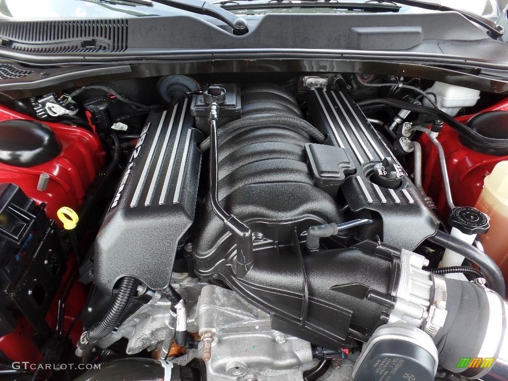 2011 Challenger SRT8 392 - Redline 3-Coat Pearl / Dark Slate Gray photo #16