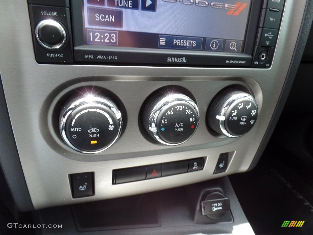 2011 Challenger SRT8 392 - Redline 3-Coat Pearl / Dark Slate Gray photo #21