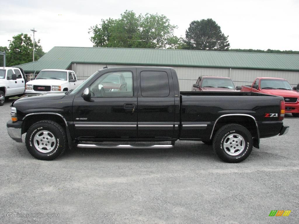 2002 Silverado 1500 LT Extended Cab 4x4 - Onyx Black / Tan photo #1