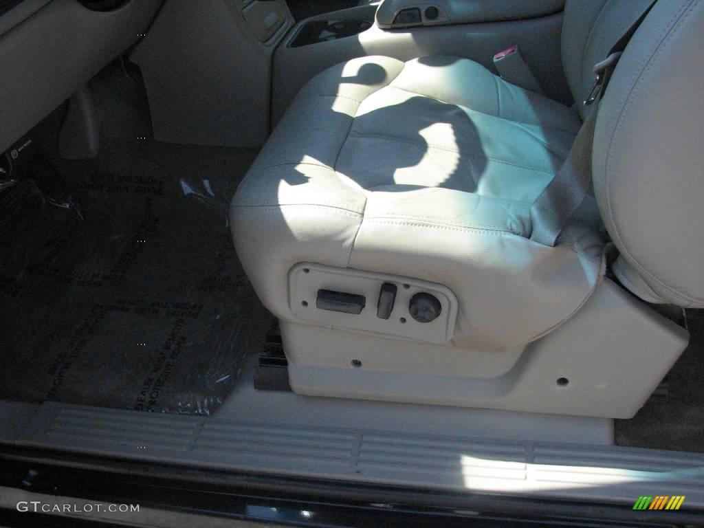 2002 Silverado 1500 LT Extended Cab 4x4 - Onyx Black / Tan photo #15