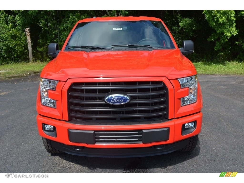2016 F150 XLT SuperCrew 4x4 - Race Red / Medium Earth Gray photo #10