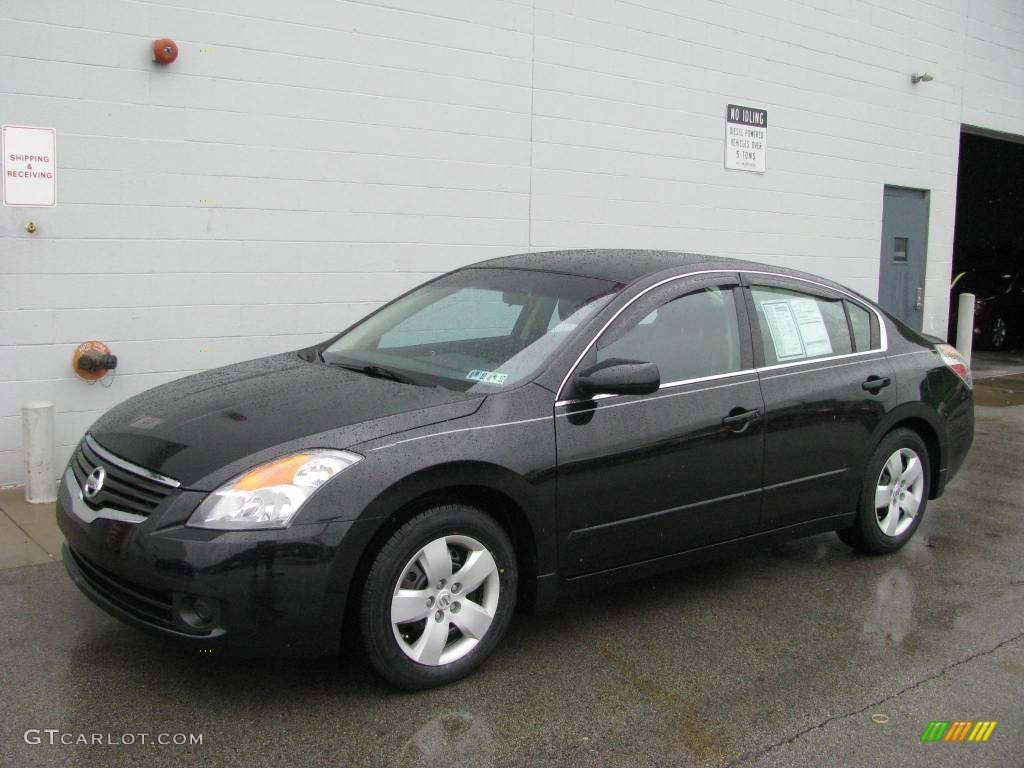Super Black Nissan Altima