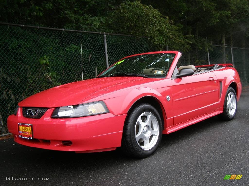 2004 Torch Red Ford Mustang V6 Convertible 11350204