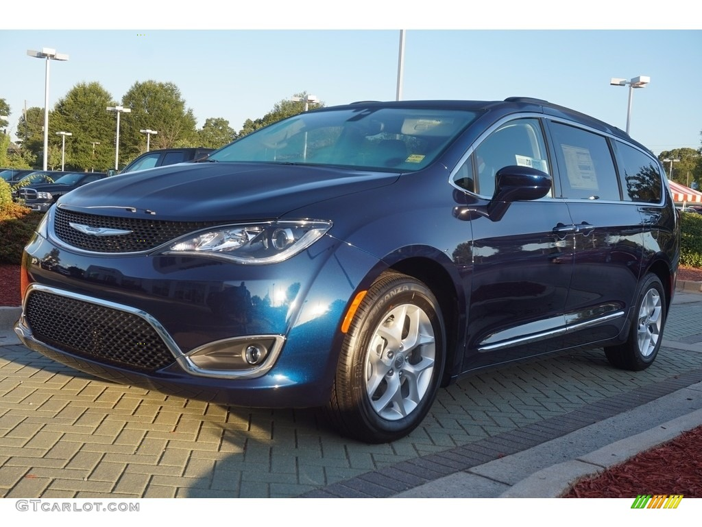 Jazz Blue Pearl Chrysler Pacifica