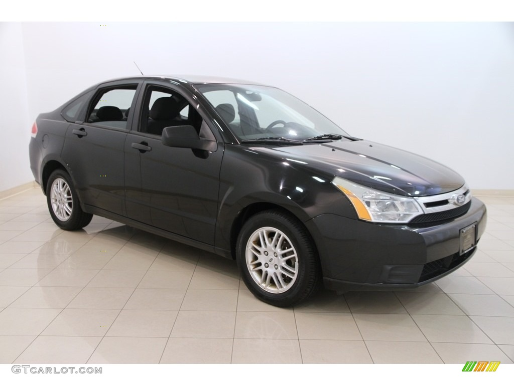 2010 Ebony Black Ford Focus Se Sedan 113847394 Gtcarlot
