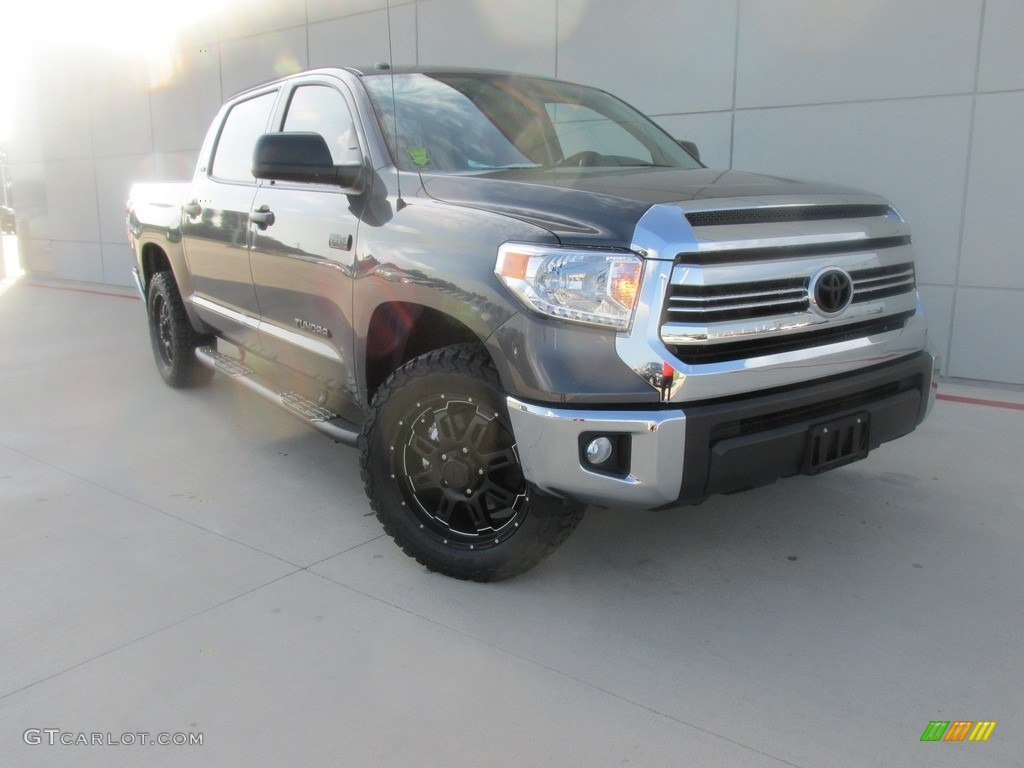 2016 Tundra SR5 CrewMax 4x4 - Magnetic Gray Metallic / Graphite photo #1