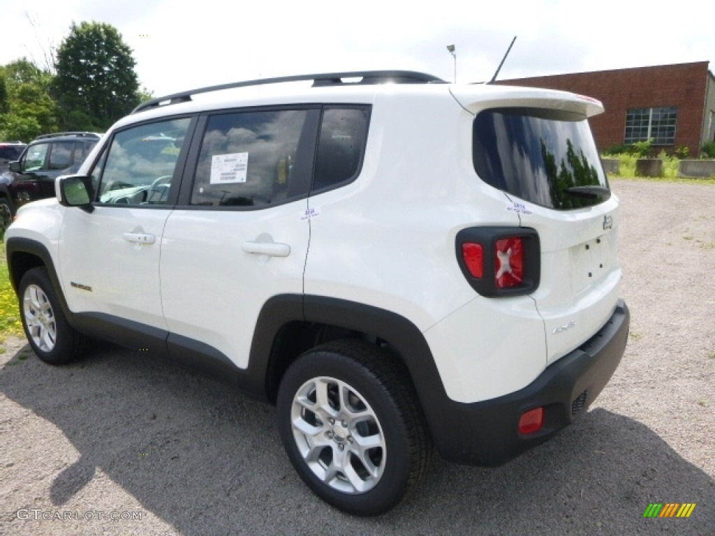 2016 Renegade Latitude 4x4 - Alpine White / Black/Sandstorm photo #5