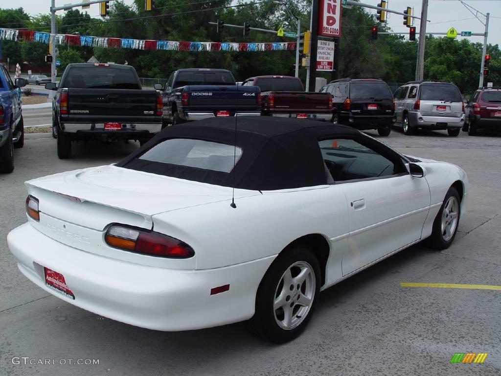 2001 Arctic White Chevrolet Camaro Convertible 11415083