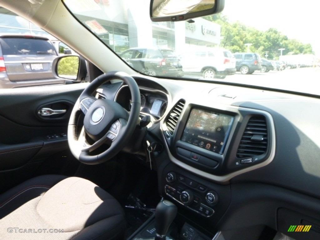 2016 Billet Silver Metallic Jeep Cherokee Latitude 4x4 114301521 Photo 10 Car