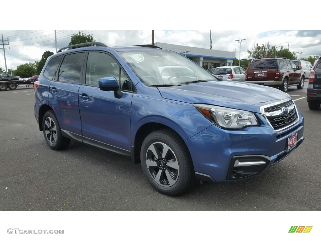 Quartz Blue Pearl Forester