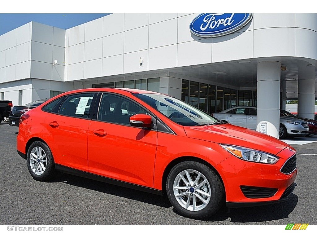 2016 race red ford focus se sedan 114354969 photo 9 car color galleries. Black Bedroom Furniture Sets. Home Design Ideas