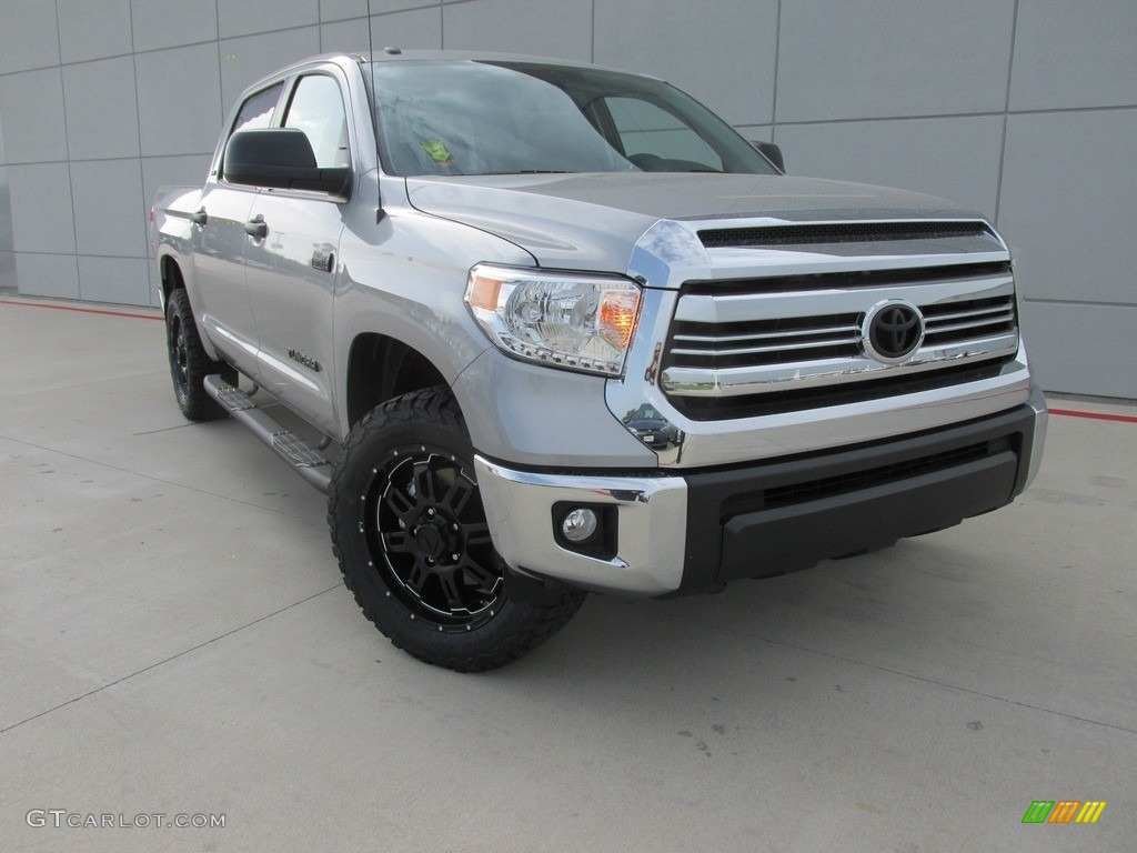 2016 Tundra SR5 CrewMax 4x4 - Silver Sky Metallic / Graphite photo #1