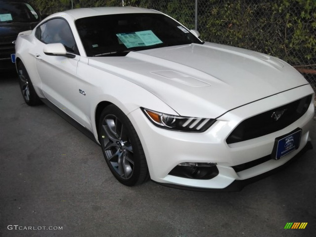 White Platinum Ford Mustang