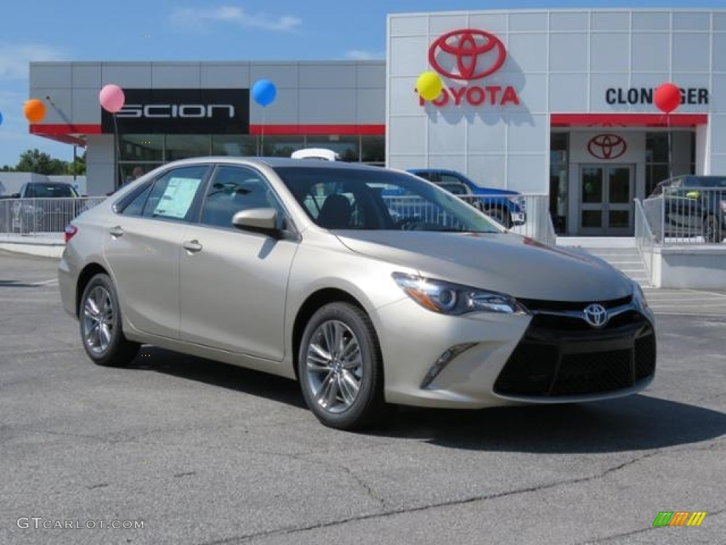 Creme Brulee Mica Toyota Camry