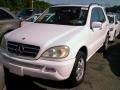 Front 3/4 View of 2004 ML 500 4Matic