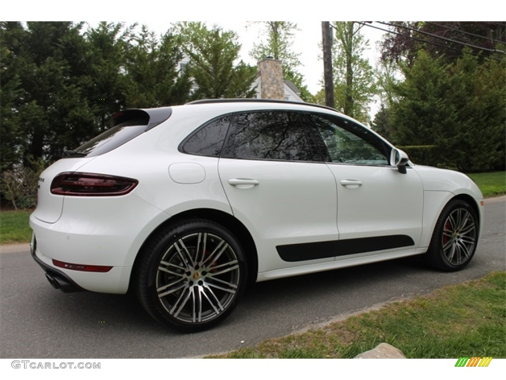 Porsche Macan Gts Interior >> 2017 White Porsche Macan GTS #115067562 Photo #4 | GTCarLot.com - Car Color Galleries