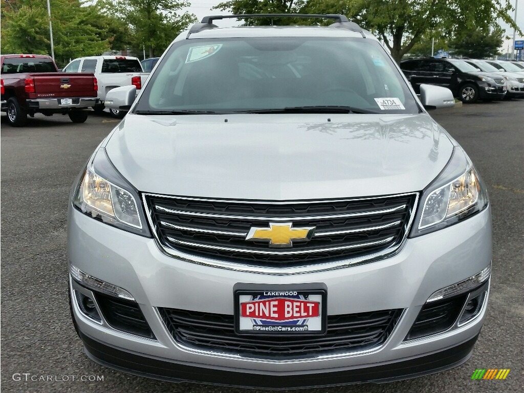2017 silver ice metallic chevrolet traverse lt awd 115421208 car color galleries for Chevy traverse interior colors