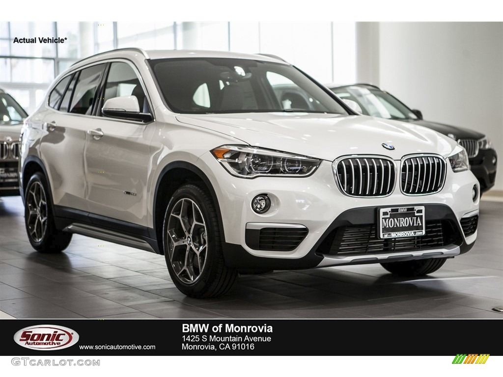 Mineral White Metallic BMW X1
