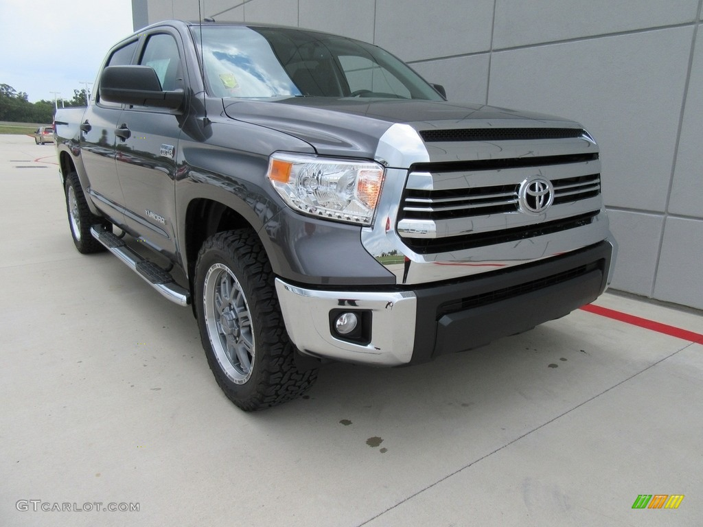 2017 magnetic gray metallic toyota tundra sr5 tss off road crewmax 115838429. Black Bedroom Furniture Sets. Home Design Ideas