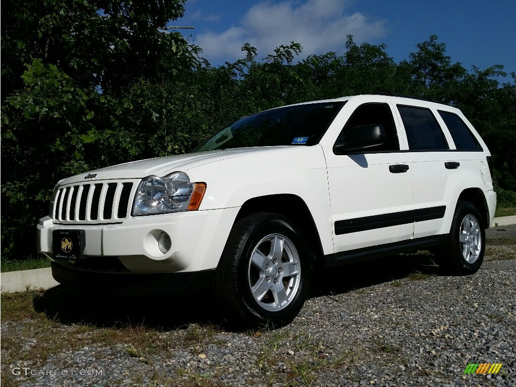 2005 stone white jeep grand cherokee laredo 4x4 116117308 photo 16 car color. Black Bedroom Furniture Sets. Home Design Ideas