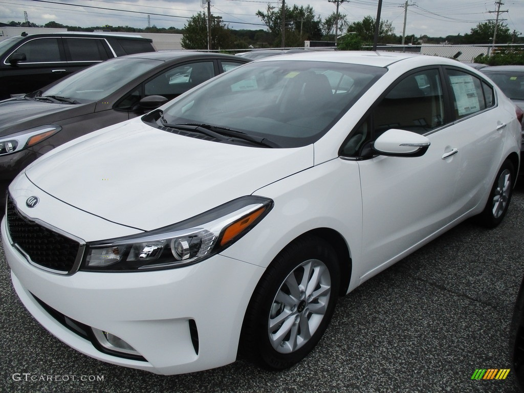 2017 clear white kia forte s 116138432 photo 7 car color galleries. Black Bedroom Furniture Sets. Home Design Ideas