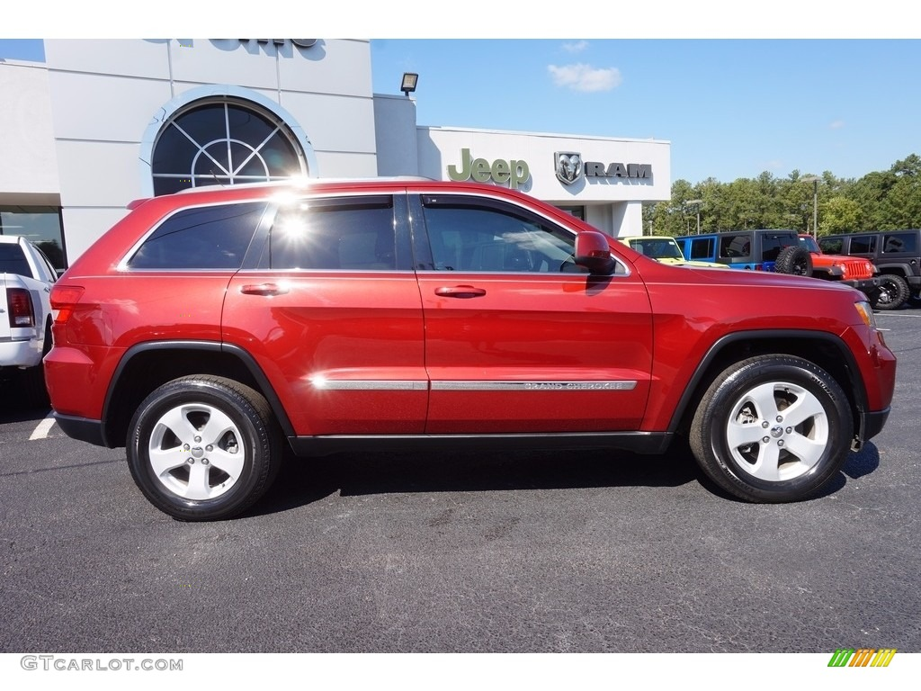 deep cherry red crystal pearl 2013 jeep grand cherokee laredo exterior photo 116150627. Black Bedroom Furniture Sets. Home Design Ideas