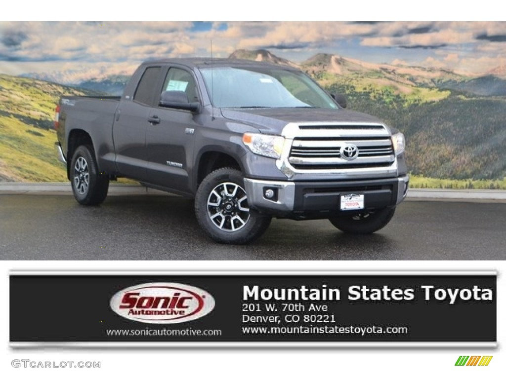 2017 magnetic gray metallic toyota tundra sr5 double cab 4x4 116286991 car. Black Bedroom Furniture Sets. Home Design Ideas