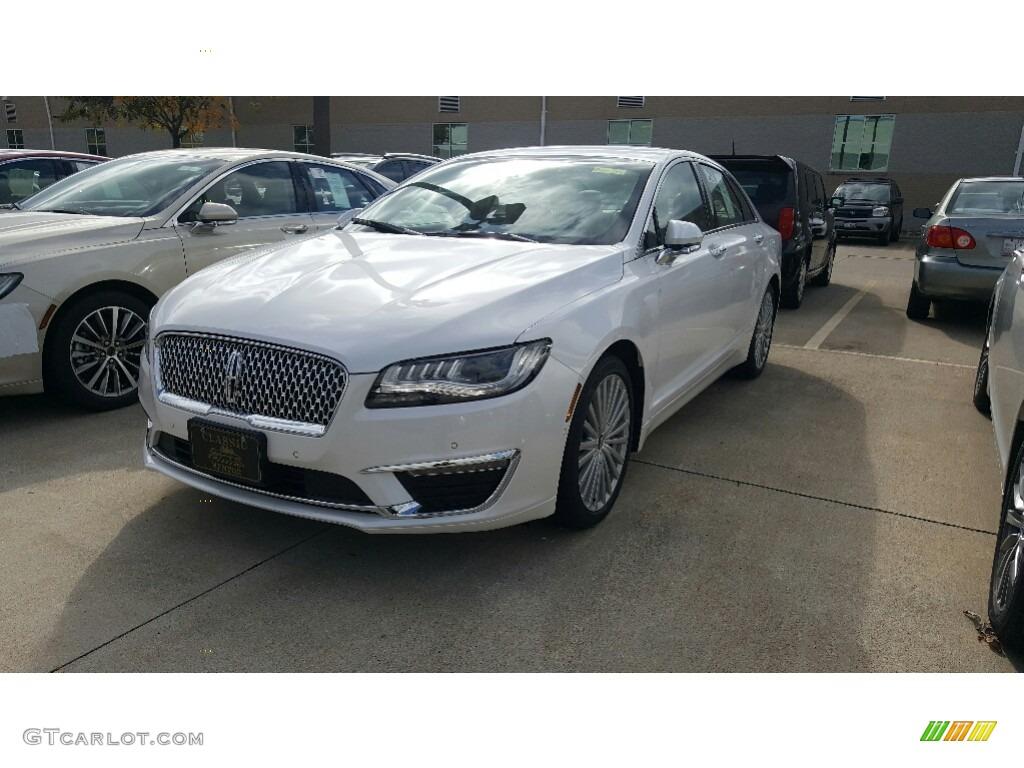 White Platinum Lincoln Mkz