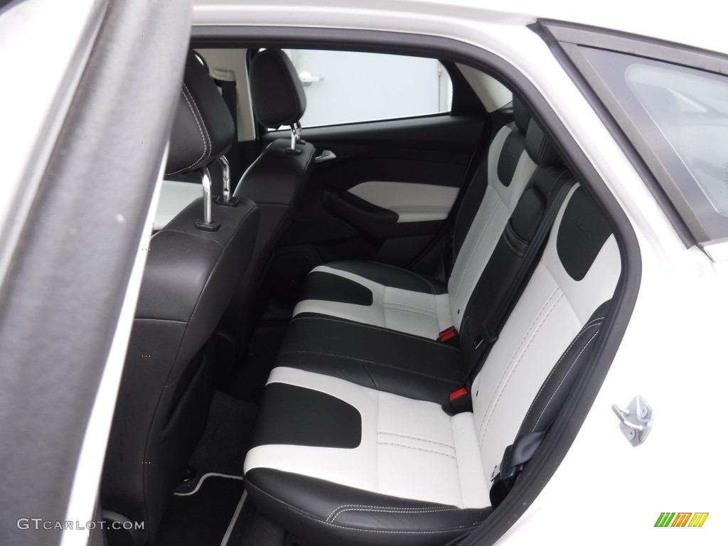 2012 Focus Titanium 5-Door - White Platinum Tricoat Metallic / Arctic White Leather photo #24