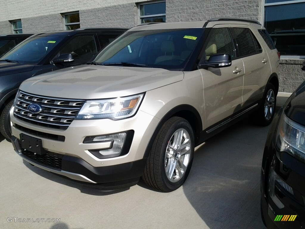 2017 White Gold Ford Explorer Xlt 4wd 116757616