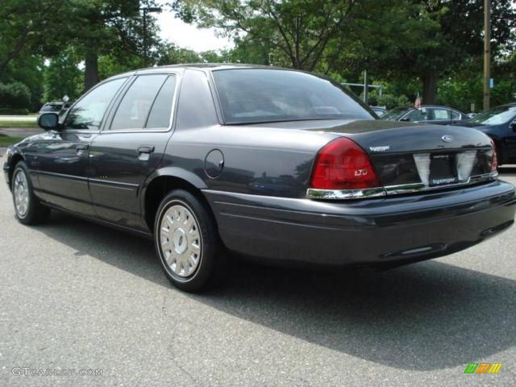 2005 midnight grey metallic ford crown victoria 11659631 photo 4 car color. Black Bedroom Furniture Sets. Home Design Ideas