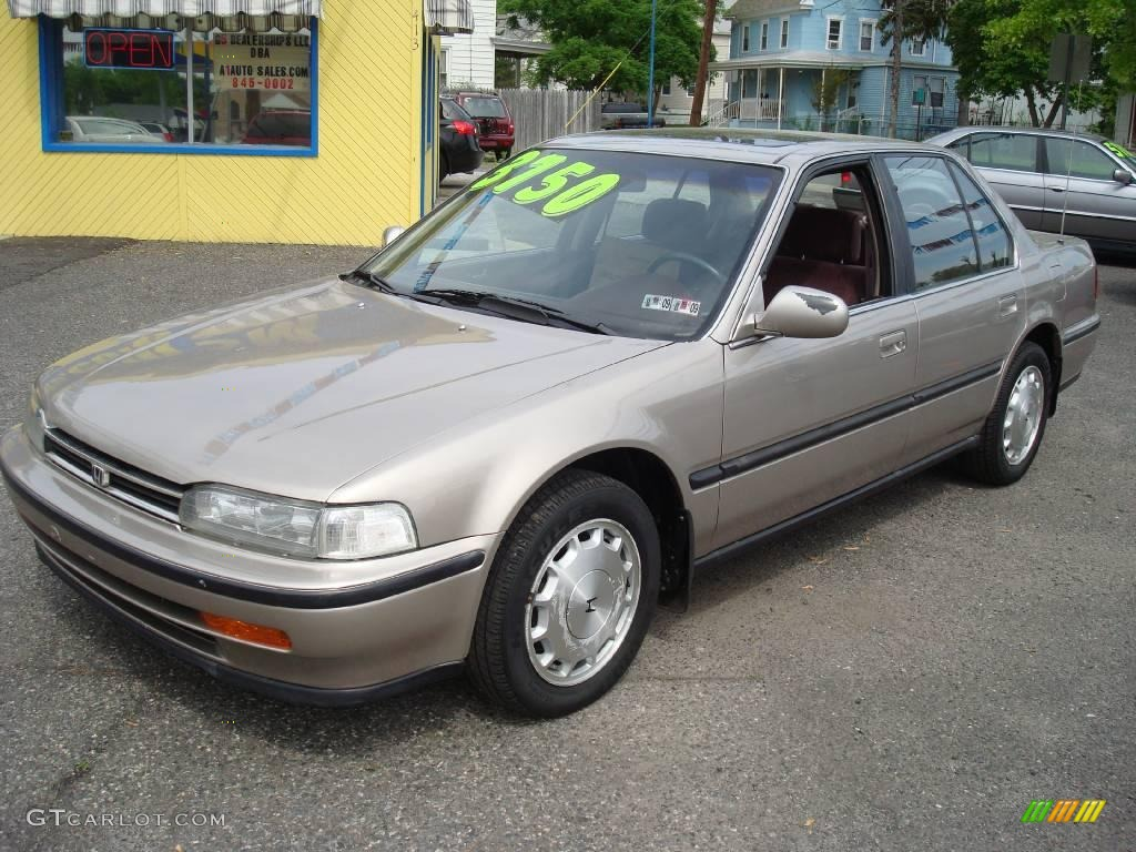 1992 Pewter Gray Metallic Honda Accord Ex Sedan 11667544