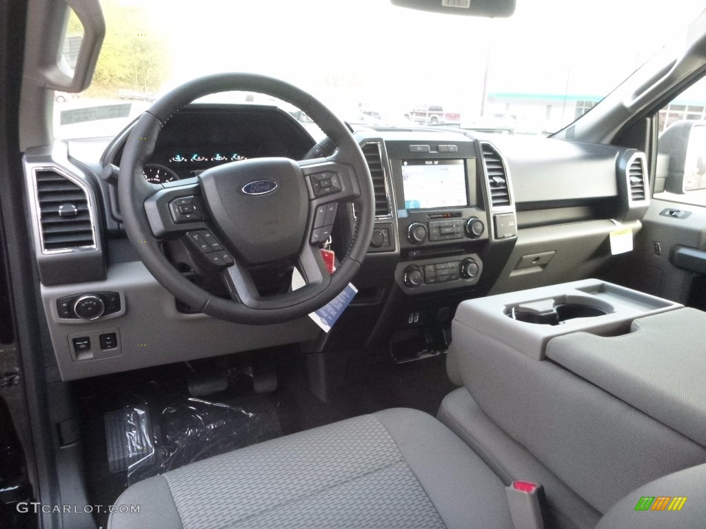 Earth Gray Interior 2017 Ford F150 XLT SuperCrew 4x4 Photo ...